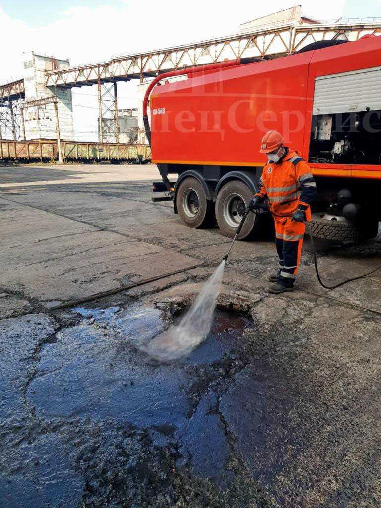 Устранение засора канализации на предприятиях