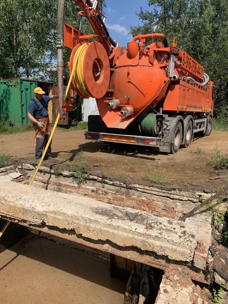 Промывка канализационных труб цена услуги